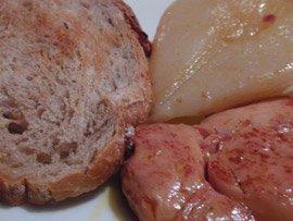 Escalope de Foie Gras Mi-Cuit, Poire Pochée, Toast de Campagne