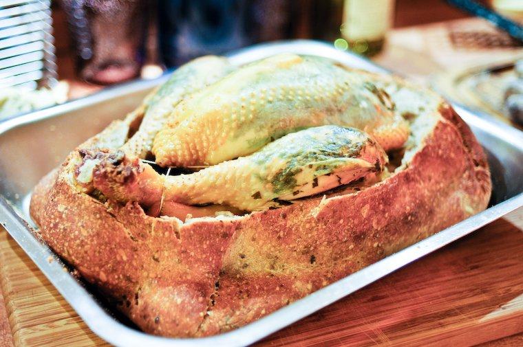 Poulet en croûte de pain
