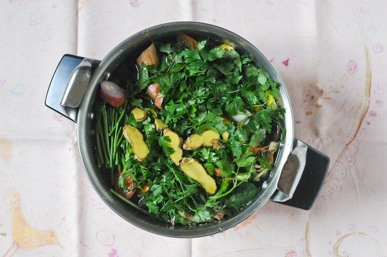 Bouillon de poulet maison facile Recette