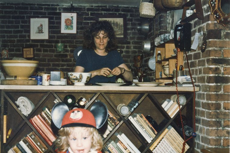 Laurie Colwin et RF, deux ans, en 1986.