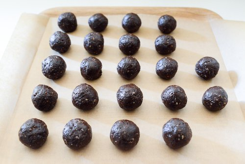Truffes au chocolat cru