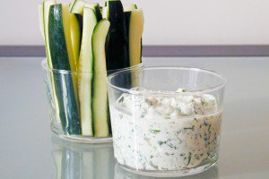 Fresh Cheese and Cilantro Dip