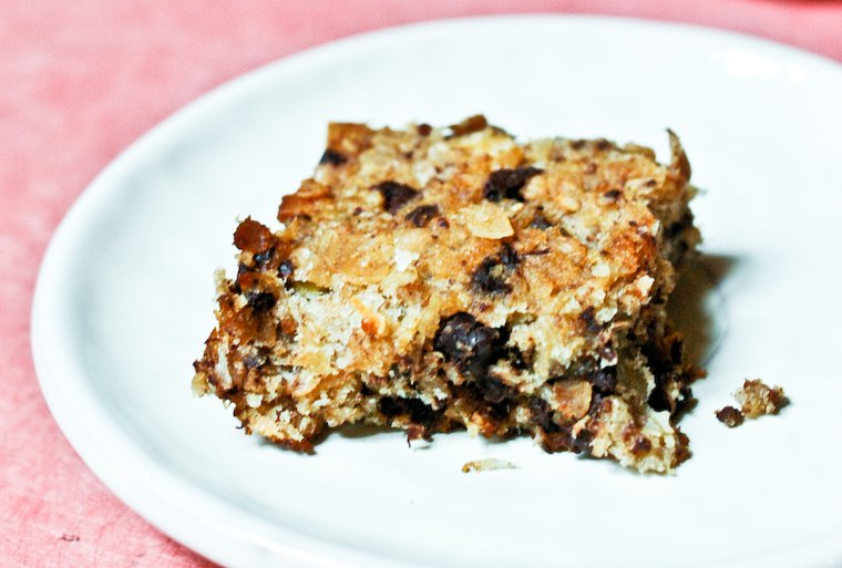 Healthy Banana Chocolate Breakfast Bars Recipe
