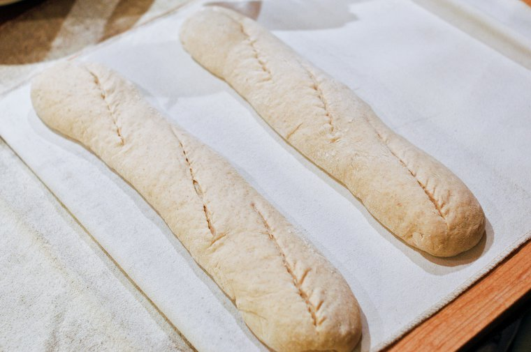 Slashed baguettes