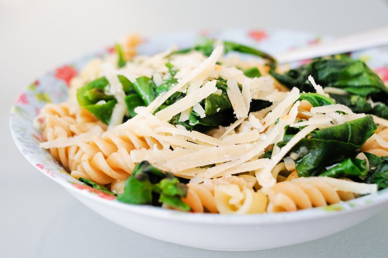Pasta with Tetragon (New Zealand Spinach) Recipe