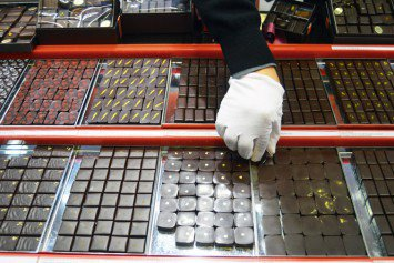 Henri Le Roux: Filled chocolates
