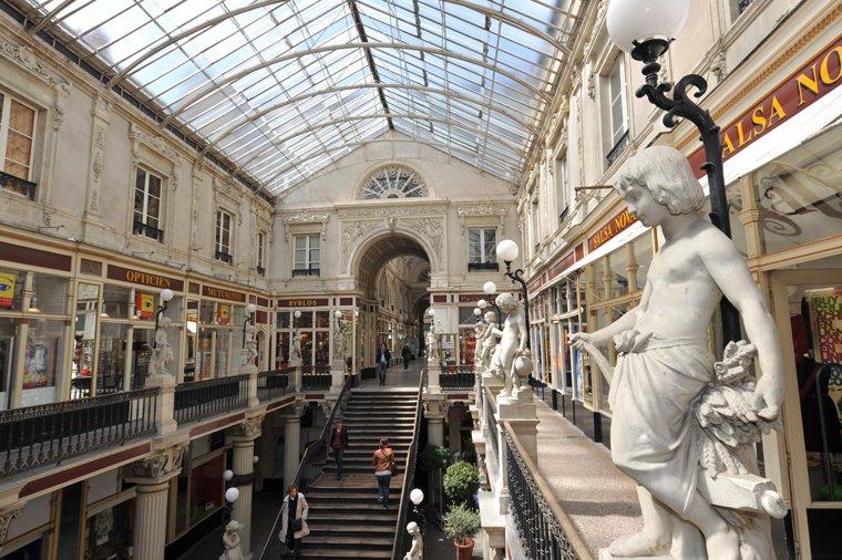 Nantes, le passage Pommeraye, galerie commerçante du XIIIe siècle, joyau du patrimoine nantais. © Régis Routier, Ville de Nantes