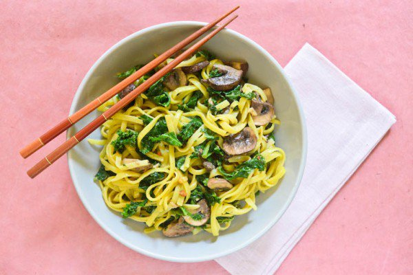 Peanut Noodles with Kale and Mushrooms