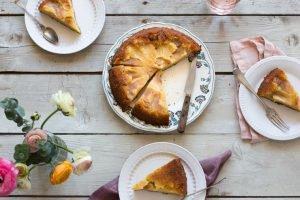 G‰âteau de Mamy (French Grandmother's Apple Cake)